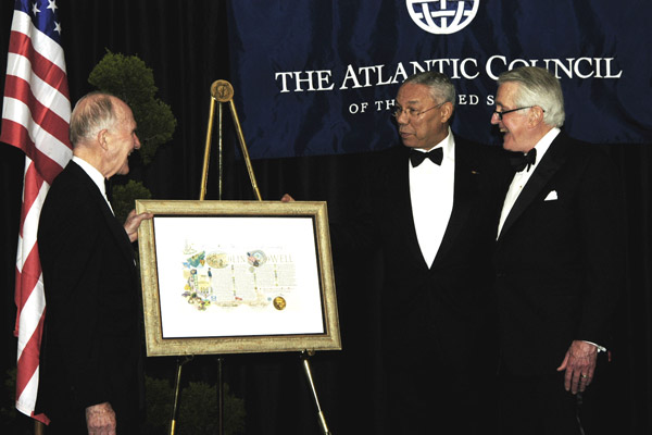 2005 Leadership Award: Powell