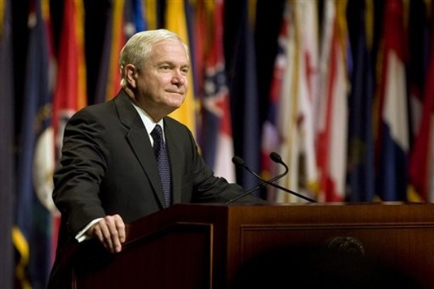 Gates Concerned over Bloat in US Military Hierarchy in Europe