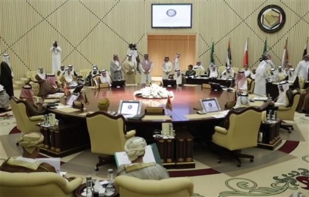 GCC Balks at Move Towards a Union