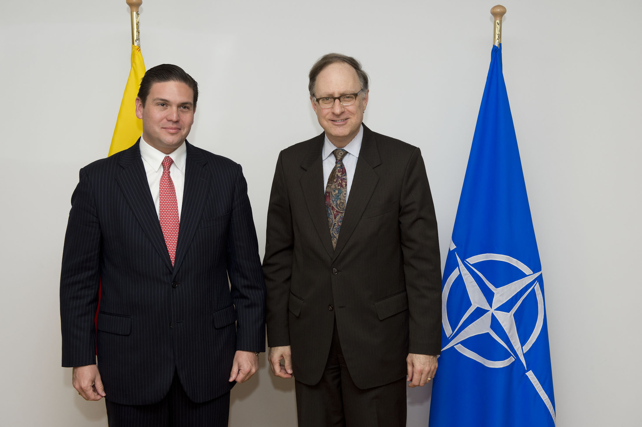 Colombian Minister of Defense Juan Carlos Pinzon and NATO Deputy Secretary General Ambassador Alexander Vershbow, June 25, 2013