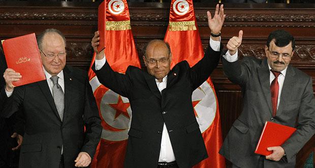 As Egypt Burns, Tunisia and Yemen Step Toward Democracy