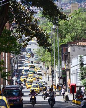20140205 MedellinStreet