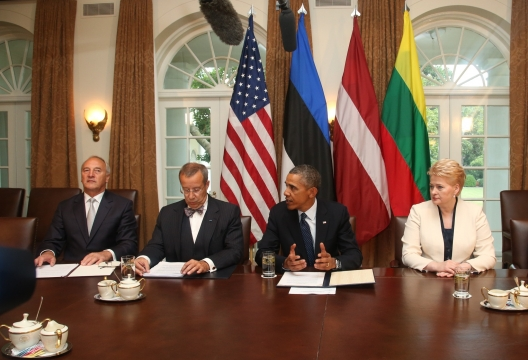Obama Reaffirms US Commitment to Defend Baltic Allies