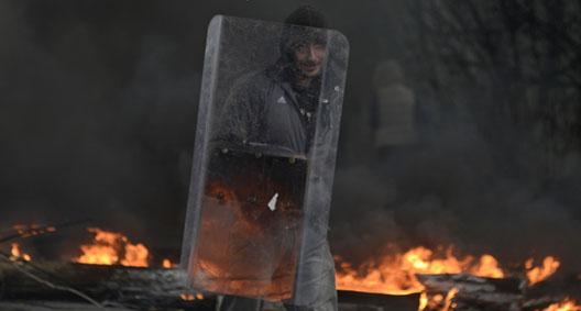 In the War for Ukraine, Russian Gunmen Seem Organized, But No-One Else