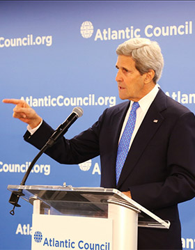 Kerry Condemns Russian Escalation of Ukraine Conflict