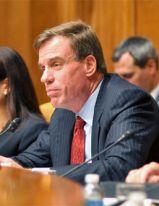 Senator Warner Discusses Ukraine, Transatlantic Policy, and American Domestic Debates
