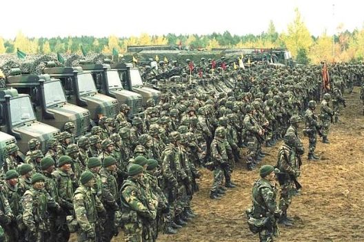 Lithuanian soldiers participating in Iron Wolf 2002 miltiary exercise