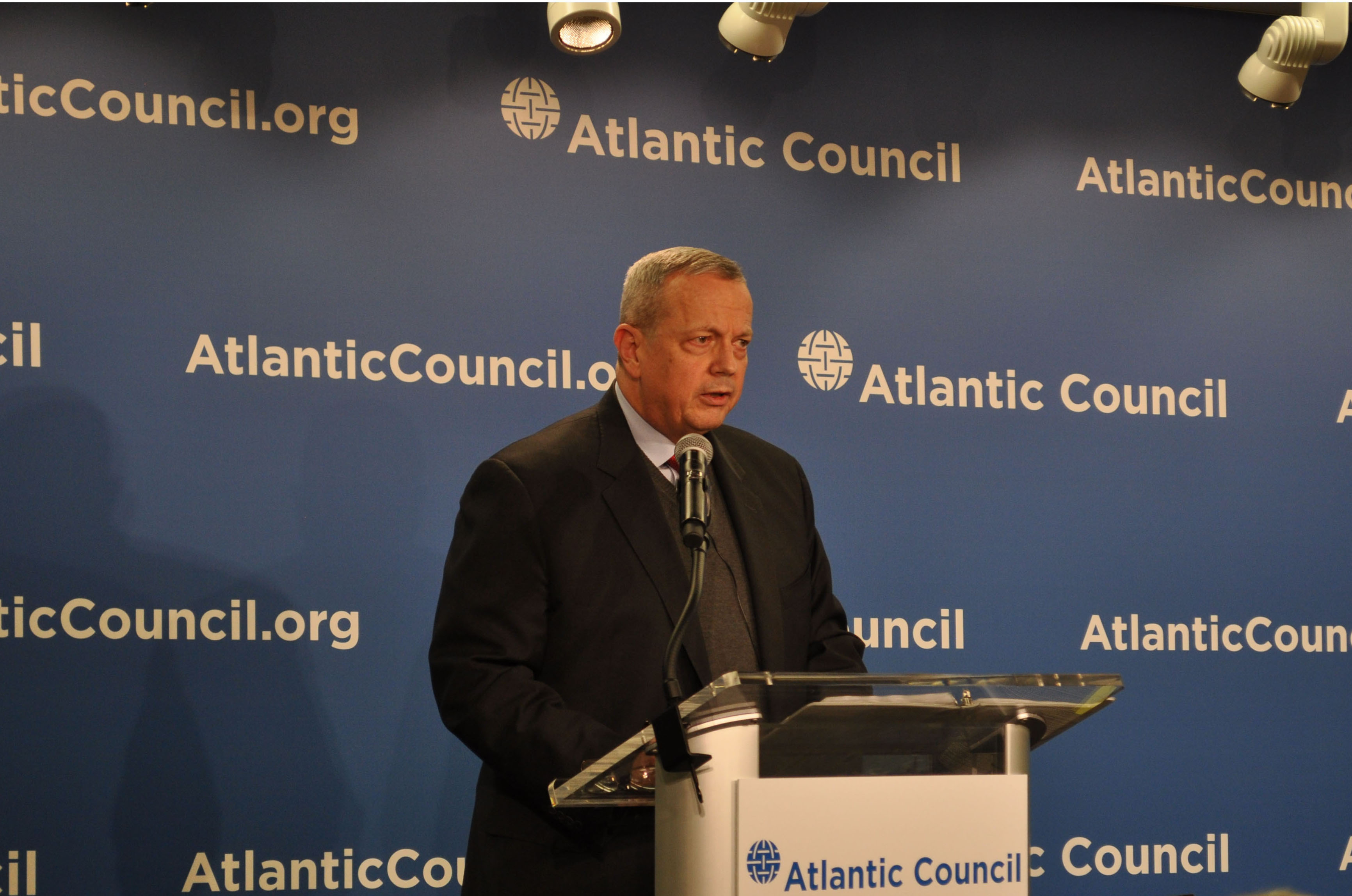 ISIL Affiliates, Foreign Fighters 'Preeminent' Concern, Allen Says