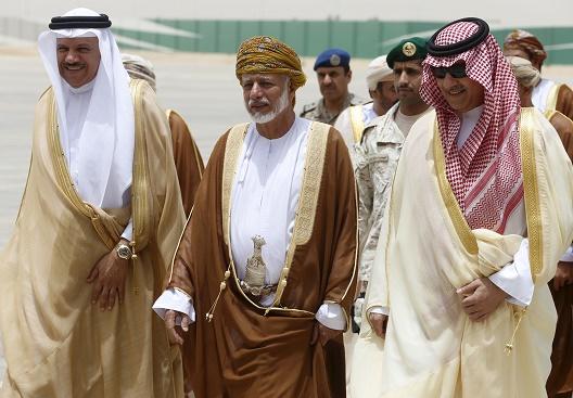 Oman's Diplomatic Bridge in Yemen