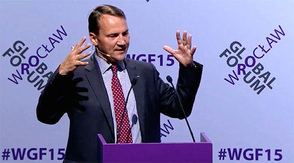 Poland's Sikorski Urges Tougher NATO Stance Against Russia
