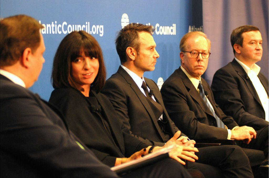 Expert Panel Identifies Ways to Defeat Corruption in Ukraine
