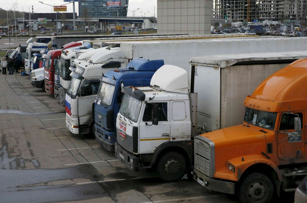 Russian Truckers Take to the Roads to Protest Tax, Declining Living Standards