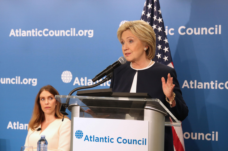 Clinton to Maduro: Respect Vote's Outcome