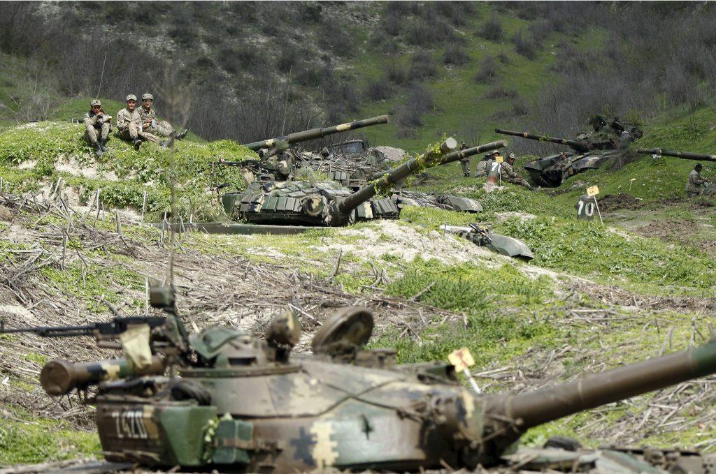 Obama Silent on Violence in Nagorno-Karabakh, While Putin Plans Shuttle Diplomacy