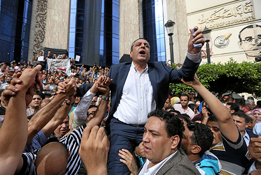 Support for Egypt's Press Syndicate Fades