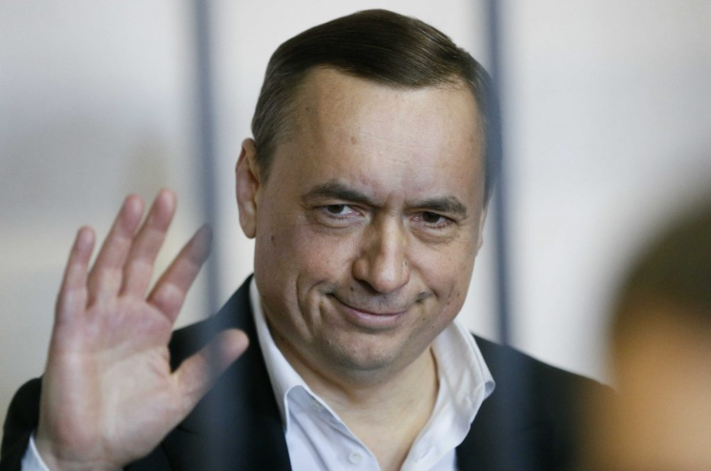 Why Poroshenko's Anti-Corruption Court Is a Sham Proposal