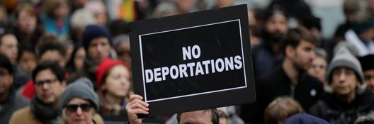 DeportBanner