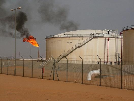 To stabilize Libya, redistribute oil revenue
