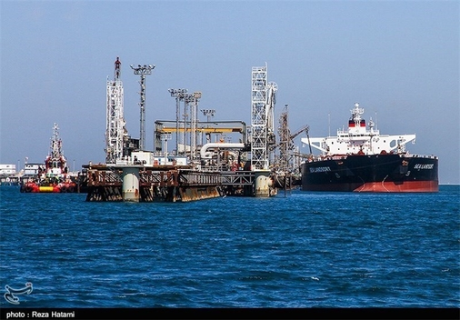 Second Wave of Resumed Iran Sanctions Targets Banks, Petroleum, Shipping