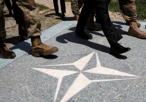 Binnendijk inDefense News: NATO's focus on China is too narrow