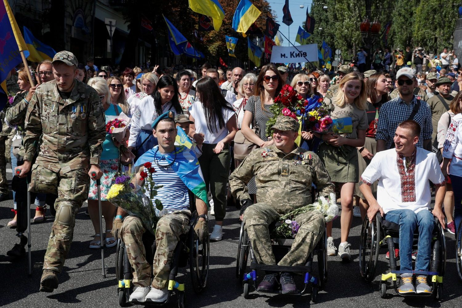 Removing the stigma: Ukraine launches suicide prevention hotline for veterans