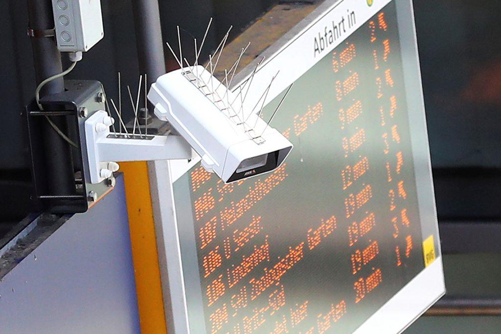 Von der Leyen, new Commission take aim at AI legislation