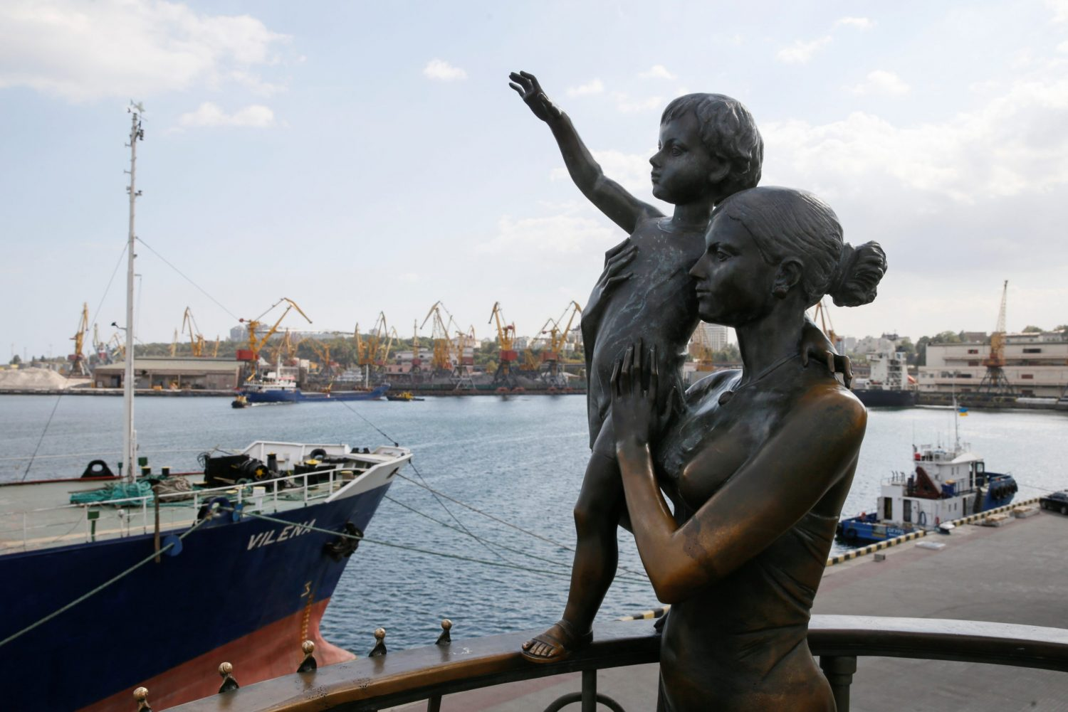 Russia loses leverage as Ukrainian exports go global