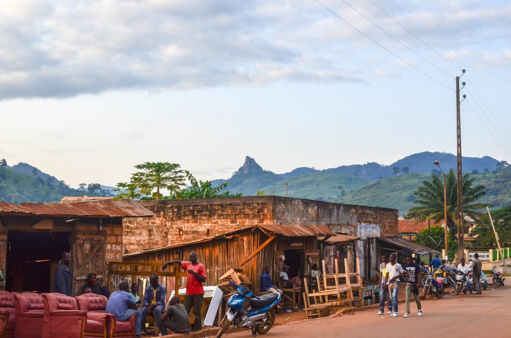 Watching the spread of coronavirus in Côte d'Ivoire