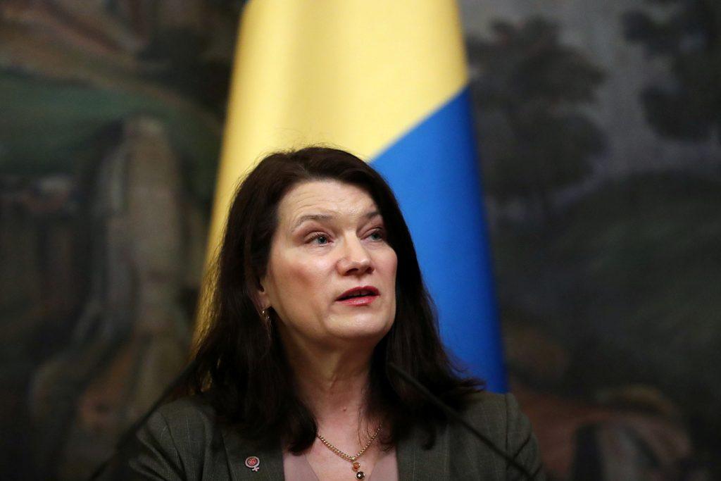 Pandemic response should not equal isolationism, Swedish FM argues