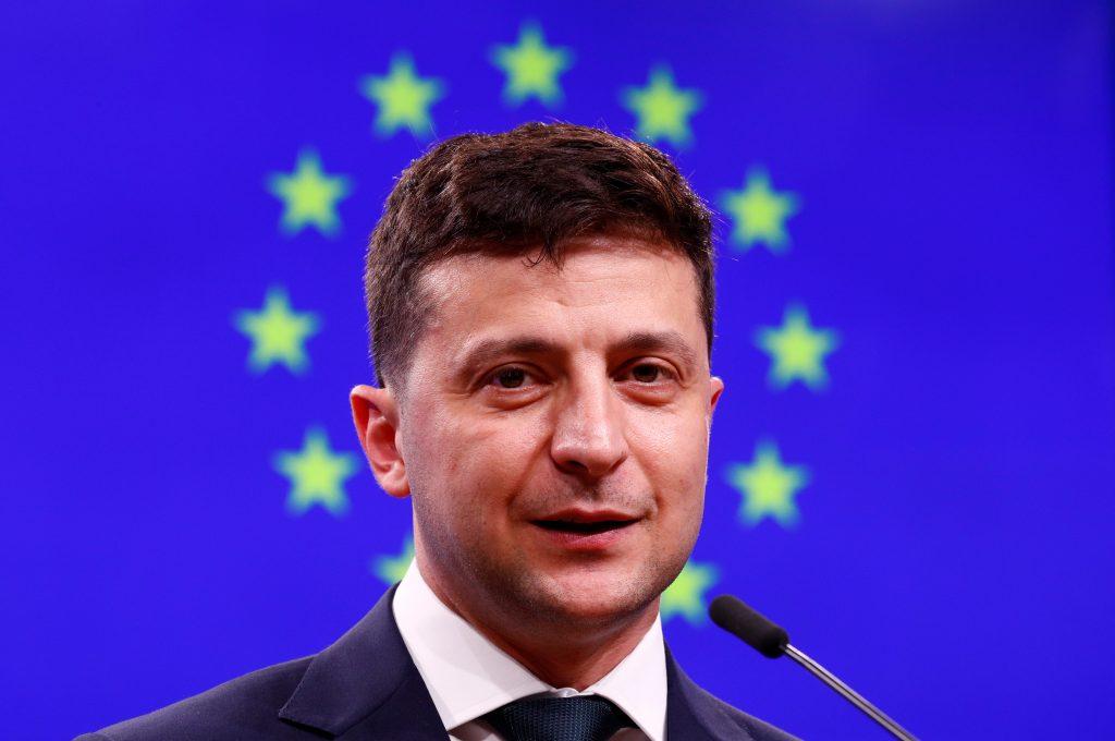 Zelenskyy keeps Ukraine on Euro-Atlantic course set by predecessor Poroshenko