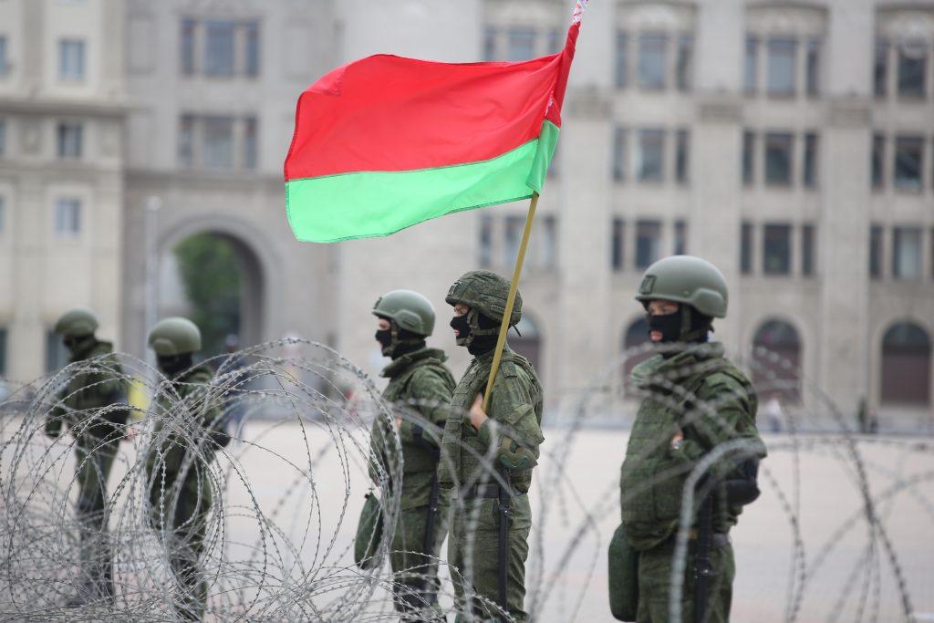 Putin poised to buy Belarus