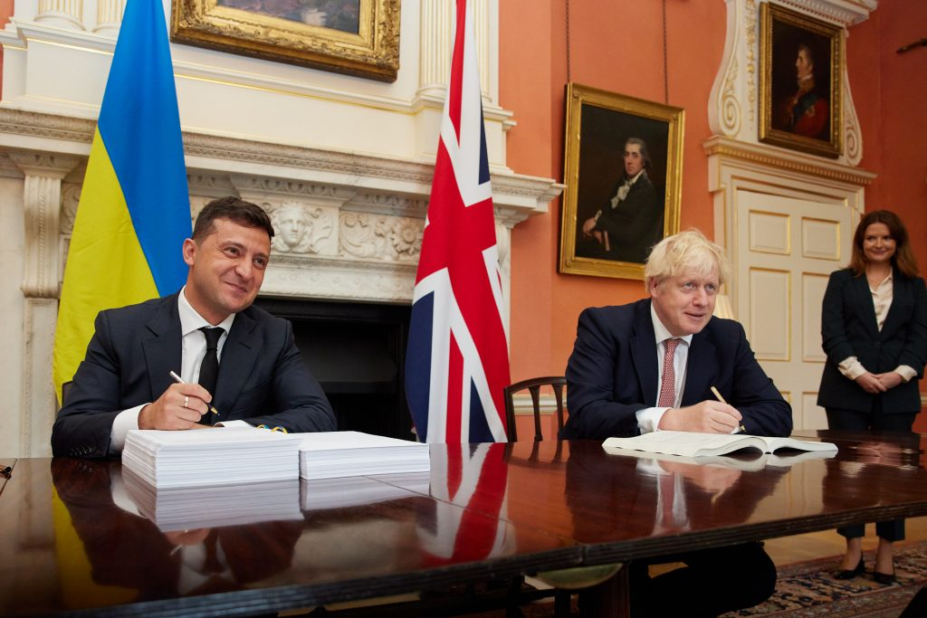 UK and Ukraine sign historic post-Brexit free trade deal