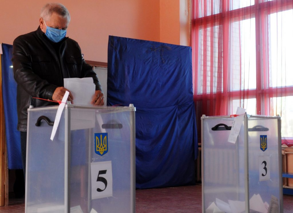 Mayoral races in Ukraine: City-by-city runoff preview
