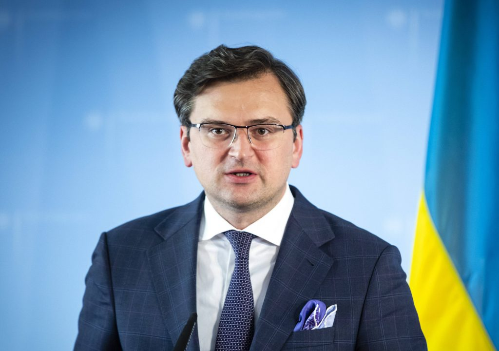 We will not let the old guard drag Ukraine backwards