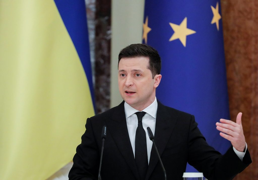 Zelenskyy aims to end Ukraine's oligarch era