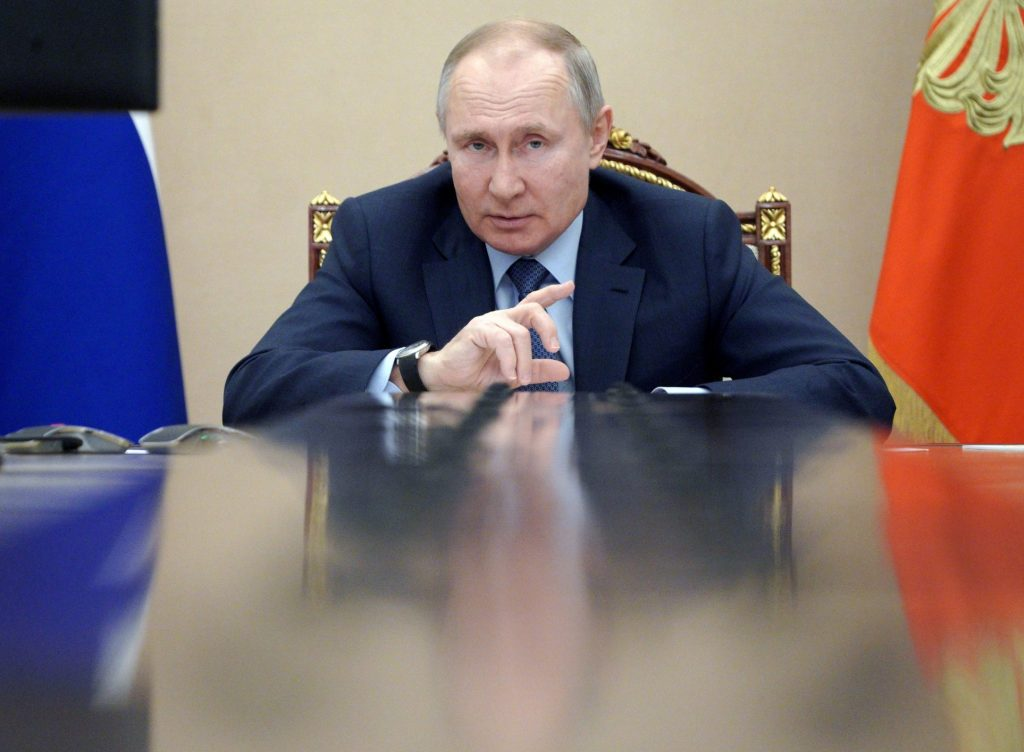 Putin turns up pressure on Russian opposition ahead of September Duma elections