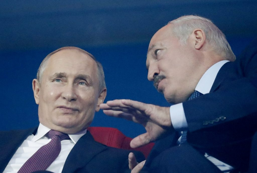 Dialog of dictators: How Putin and Lukashenka really talk to each other