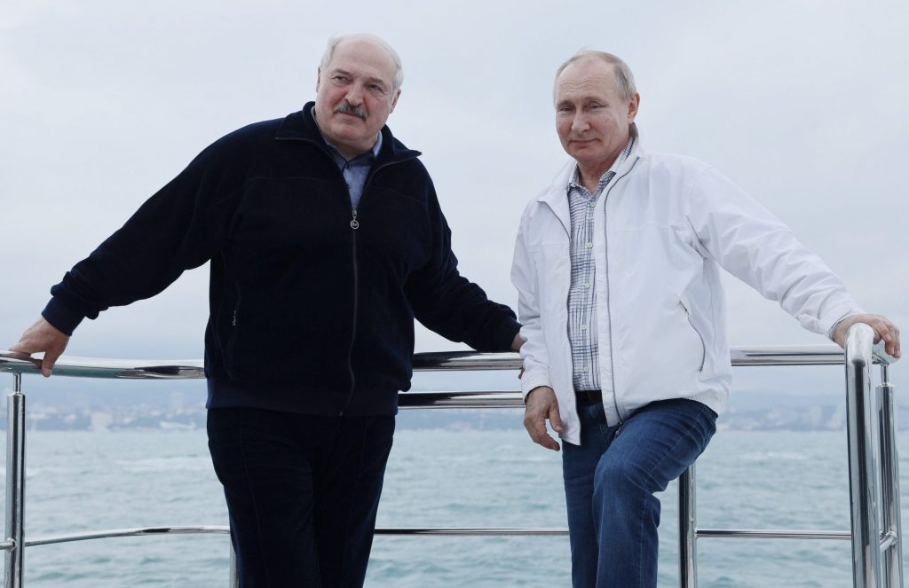Putin's Belarus strategy: Arsonist and firefighter?