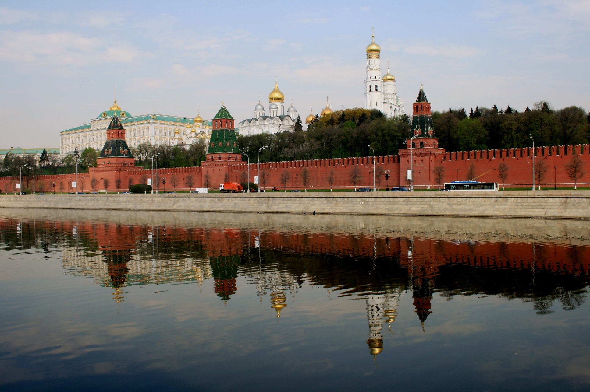 Reassessing RuNet: Russian internet isolation and implications for Russian cyber behavior